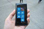 Продам Nokia Lumia 800 Black (Внутри) + Доставка бесплатно