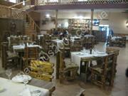Деревянная мебель под старину для баров и ресторанов