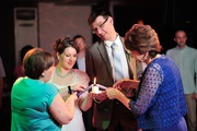 Тамада на свадьбу,  ведущий на юбилей,  Ди-джей,  лазеры