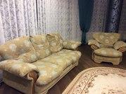 Диван и кресло в хорошем состоянии