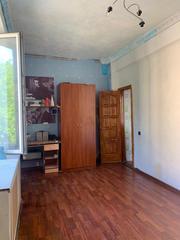 Продаются две смежные комнаты,  общей площадью 34,  3 кв.м.,